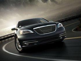 Ver foto 2 de Chrysler 200 2010
