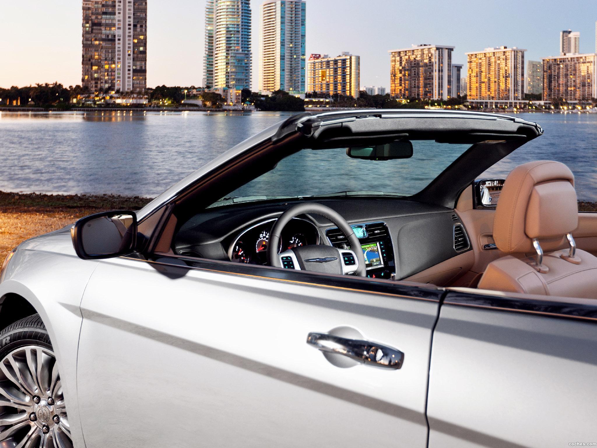 Foto 20 de Chrysler 200 Convertible 2011