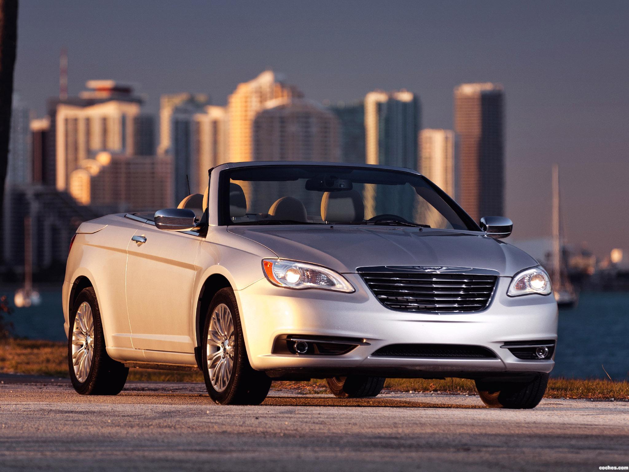 Foto 16 de Chrysler 200 Convertible 2011