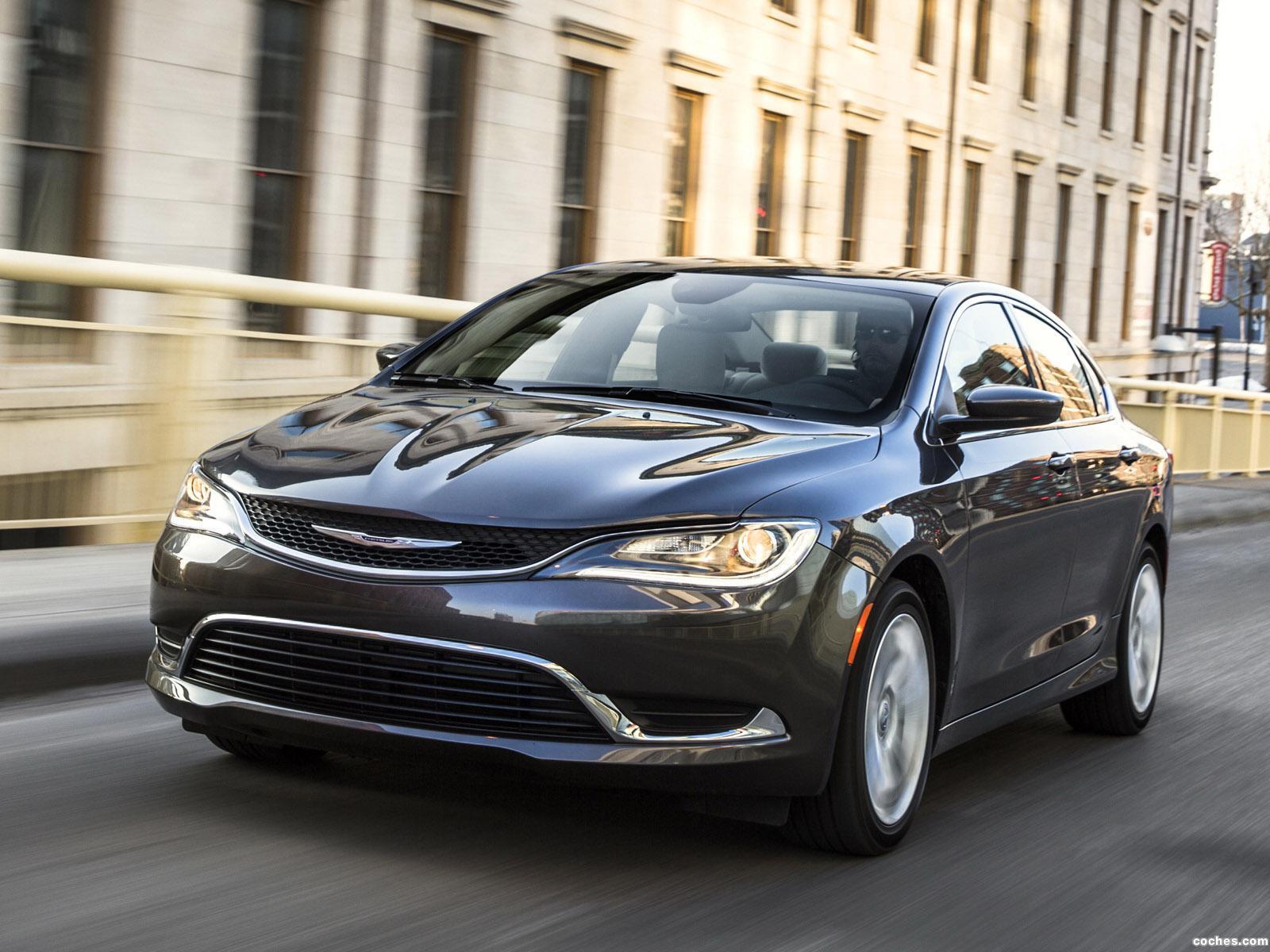 Foto 2 de Chrysler 200 Limited  2014