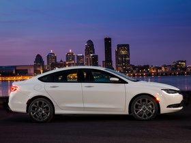 Ver foto 46 de Chrysler 200S 2015