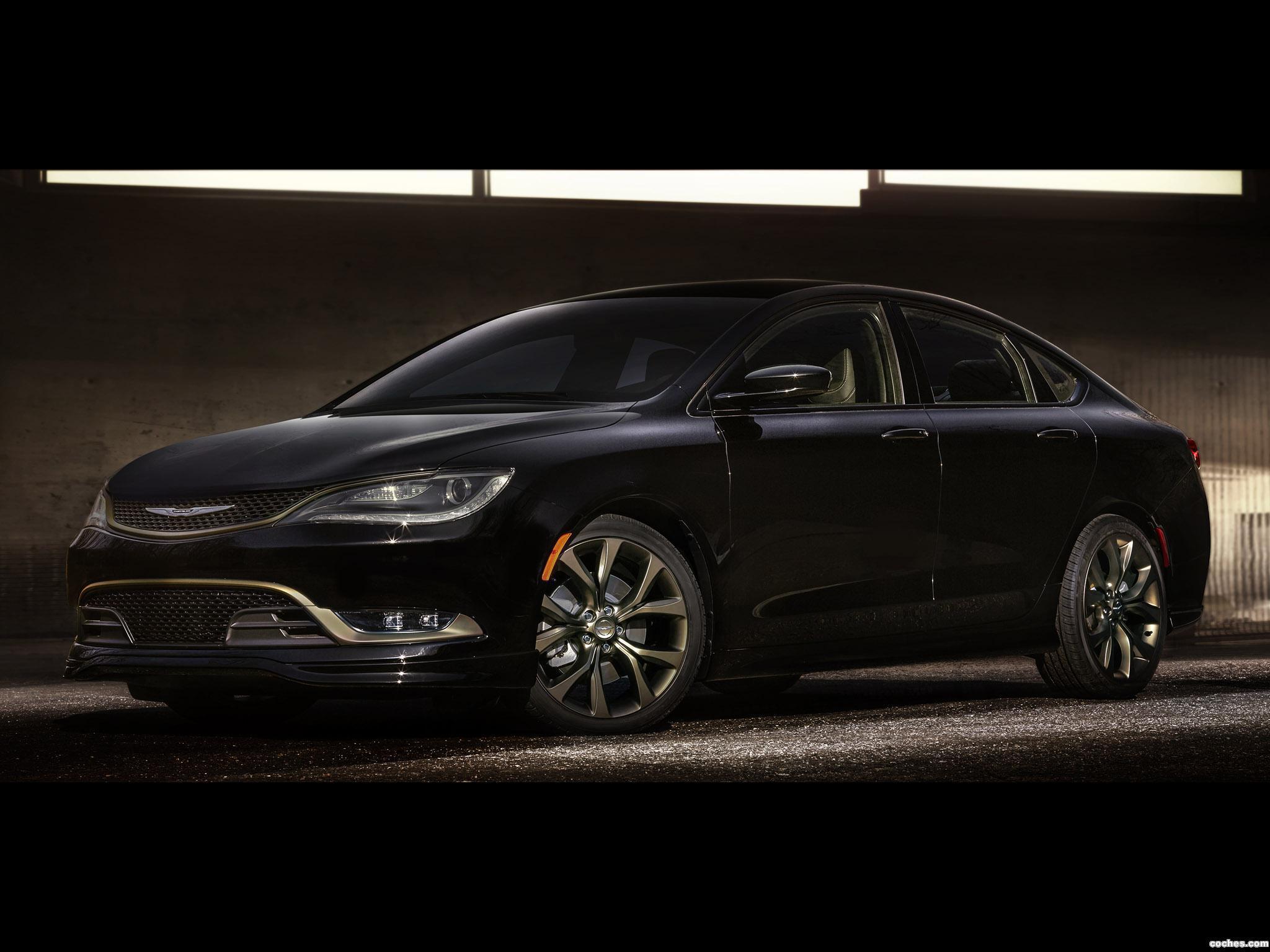 Foto 2 de Chrysler 200S Alloy Edition  2016