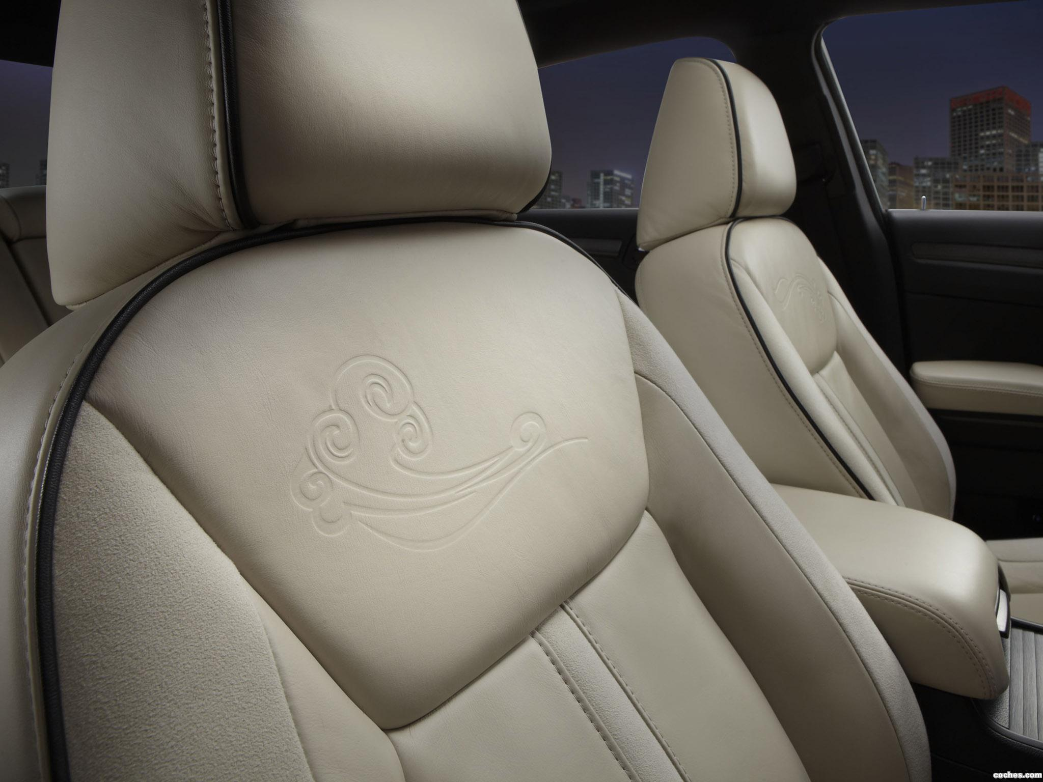 Foto 5 de Chrysler 300 Ruyi Design Concept 2012