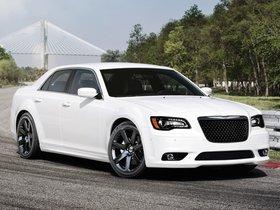 Ver foto 3 de Chrysler 300 SRT8 2011