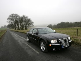 Ver foto 2 de Chrysler 300C 2008
