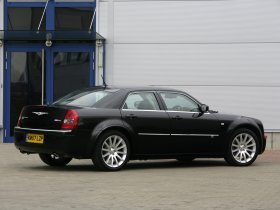 Ver foto 9 de Chrysler 300C SRT Design 2008