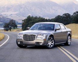 Ver foto 2 de Chrysler 300 Touring 2005
