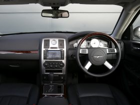Ver foto 8 de Chrysler 300 Touring 2008