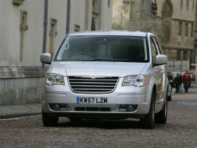 Ver foto 8 de Chrysler Grand Voyager Touring 2008
