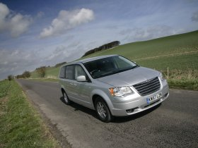 Ver foto 7 de Chrysler Grand Voyager Touring 2008