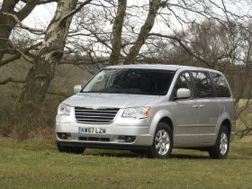 Ver foto 4 de Chrysler Grand Voyager Touring 2008