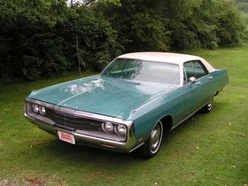 Ver foto 1 de Chrysler New Yorker 4 door Sedan 1971