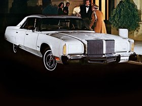 Fotos de Chrysler New Yorker Brougham 4 door Hardtop 1977