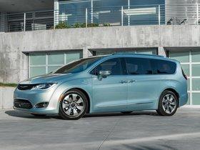 Ver foto 15 de Chrysler Pacifica Hybrid 2016