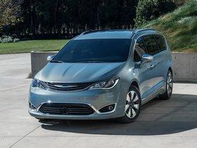 Ver foto 14 de Chrysler Pacifica Hybrid 2016
