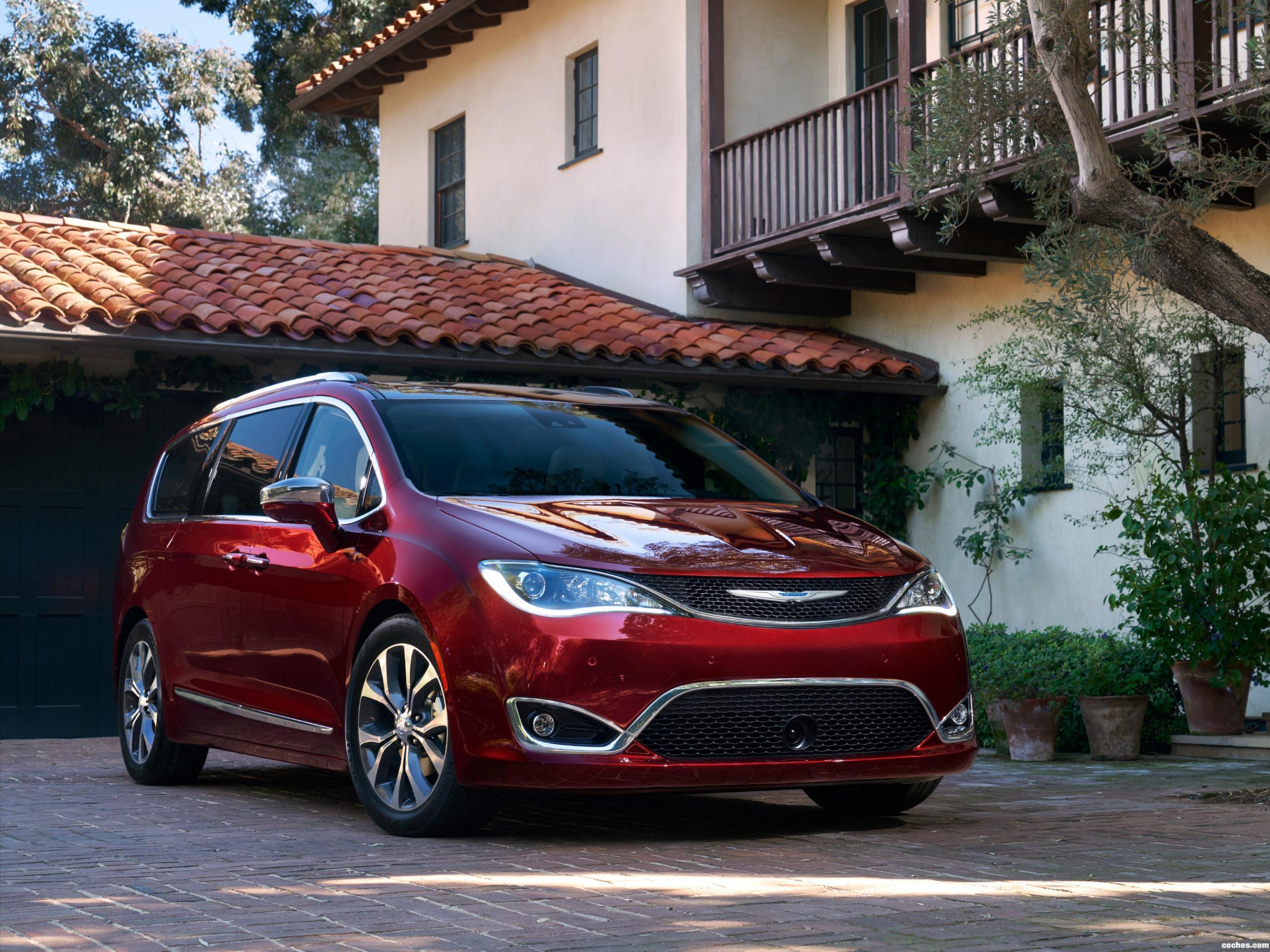 Foto 0 de Chrysler Pacifica Limited 2016