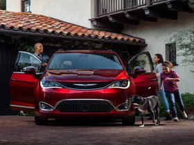 Ver foto 4 de Chrysler Pacifica Limited 2016