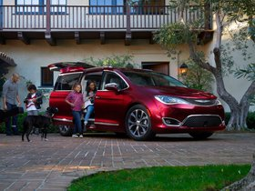 Ver foto 12 de Chrysler Pacifica Limited 2016