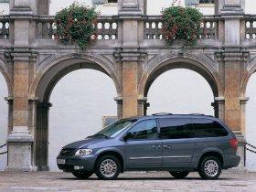 Ver foto 14 de Chrysler Voyager 2003
