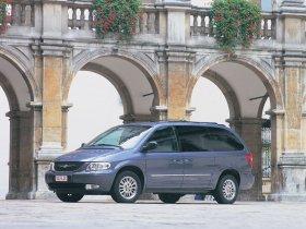 Ver foto 13 de Chrysler Voyager 2003