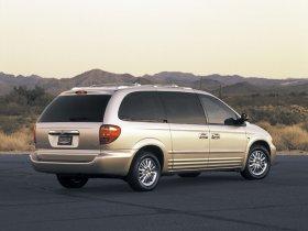 Ver foto 11 de Chrysler Voyager 2003