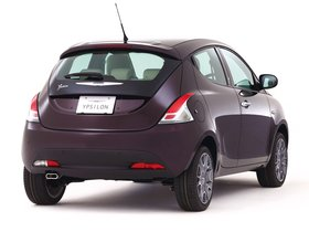 Ver foto 2 de Chrysler Ypsilon Purple 2013