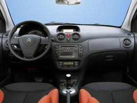 Ver foto 26 de Citroen C2 VTR 2005