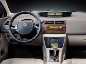 Ver foto 9 de Citroen C4 Sedan Triomphe - Pallas 2006