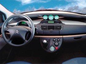 Ver foto 10 de Citroen C8 2002