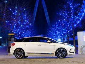 Ver foto 2 de Citroen DS5 HYbrid4 UK 2011