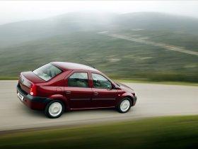 Ver foto 35 de Dacia Logan 2004