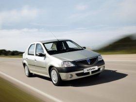 Ver foto 32 de Dacia Logan 2004