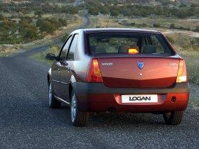 Ver foto 23 de Dacia Logan 2004