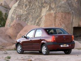 Ver foto 22 de Dacia Logan 2004
