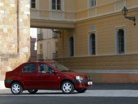 Ver foto 19 de Dacia Logan 2004