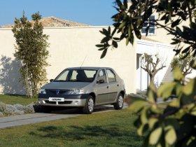 Ver foto 14 de Dacia Logan 2004
