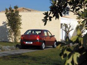 Ver foto 13 de Dacia Logan 2004