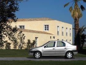 Ver foto 12 de Dacia Logan 2004