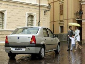 Ver foto 8 de Dacia Logan 2004