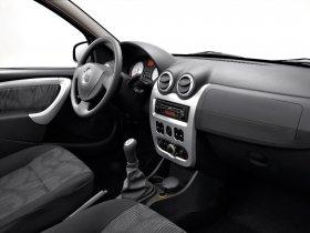 Ver foto 27 de Dacia Logan Facelift 2008