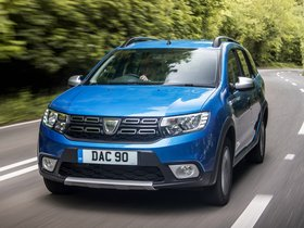Fotos de Dacia Logan MCV Stepway UK 2017