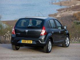Ver foto 6 de Dacia Sandero 2008