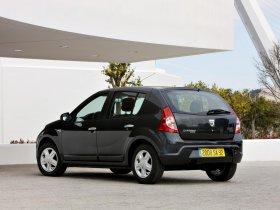 Ver foto 18 de Dacia Sandero 2008
