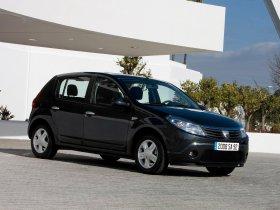 Ver foto 17 de Dacia Sandero 2008