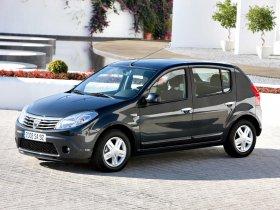 Ver foto 16 de Dacia Sandero 2008