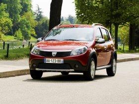 Ver foto 12 de Dacia Sandero Stepway 2009