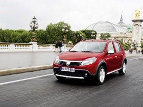 Ver foto 2 de Dacia Sandero Stepway 2009