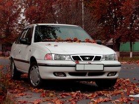Ver foto 1 de Daewoo Nexia Sedan 1994