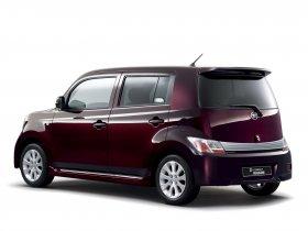 Ver foto 6 de Daihatsu Materia D Compact Wagon 2006