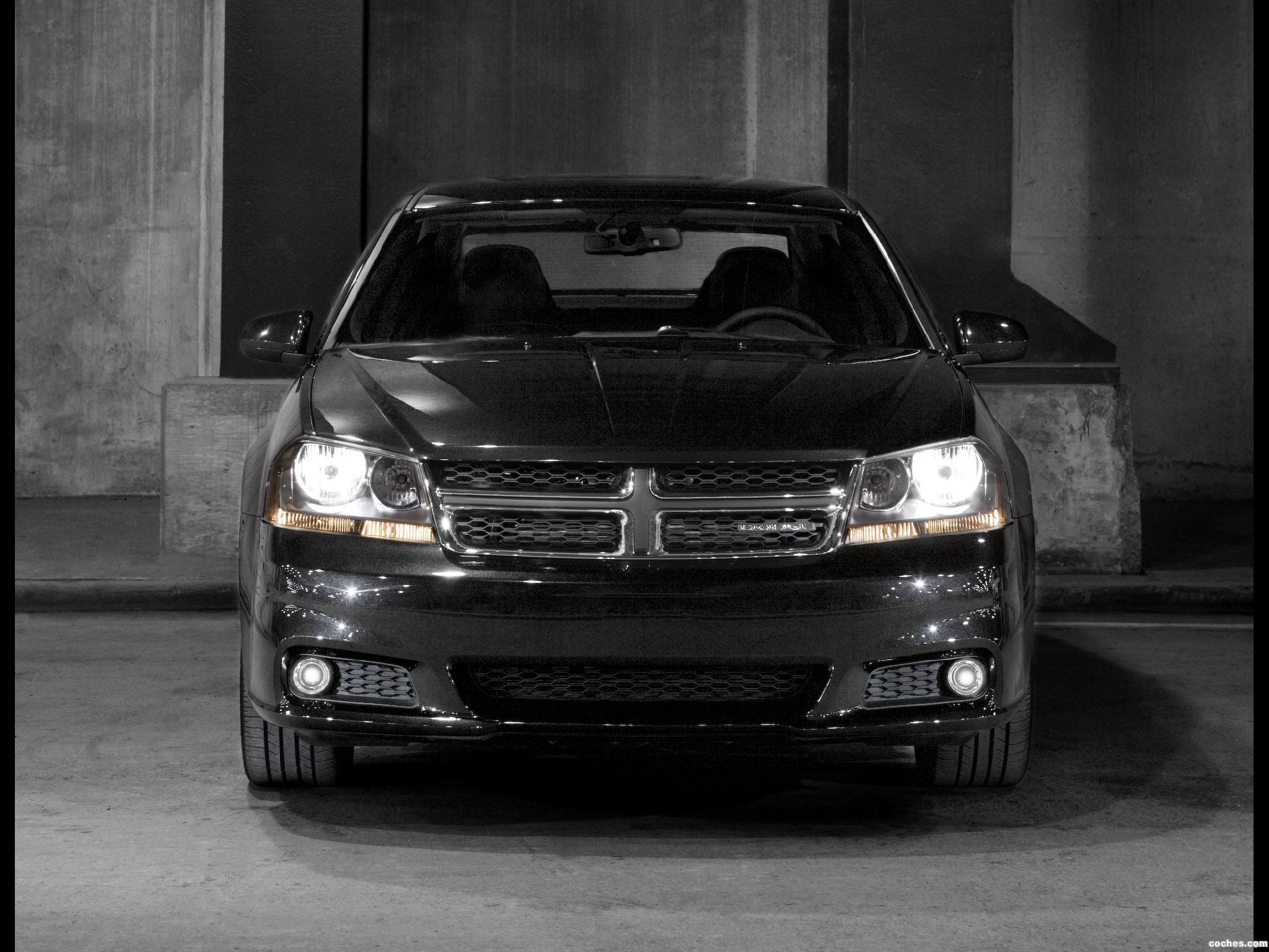 Foto 2 de Dodge Avenger 2010